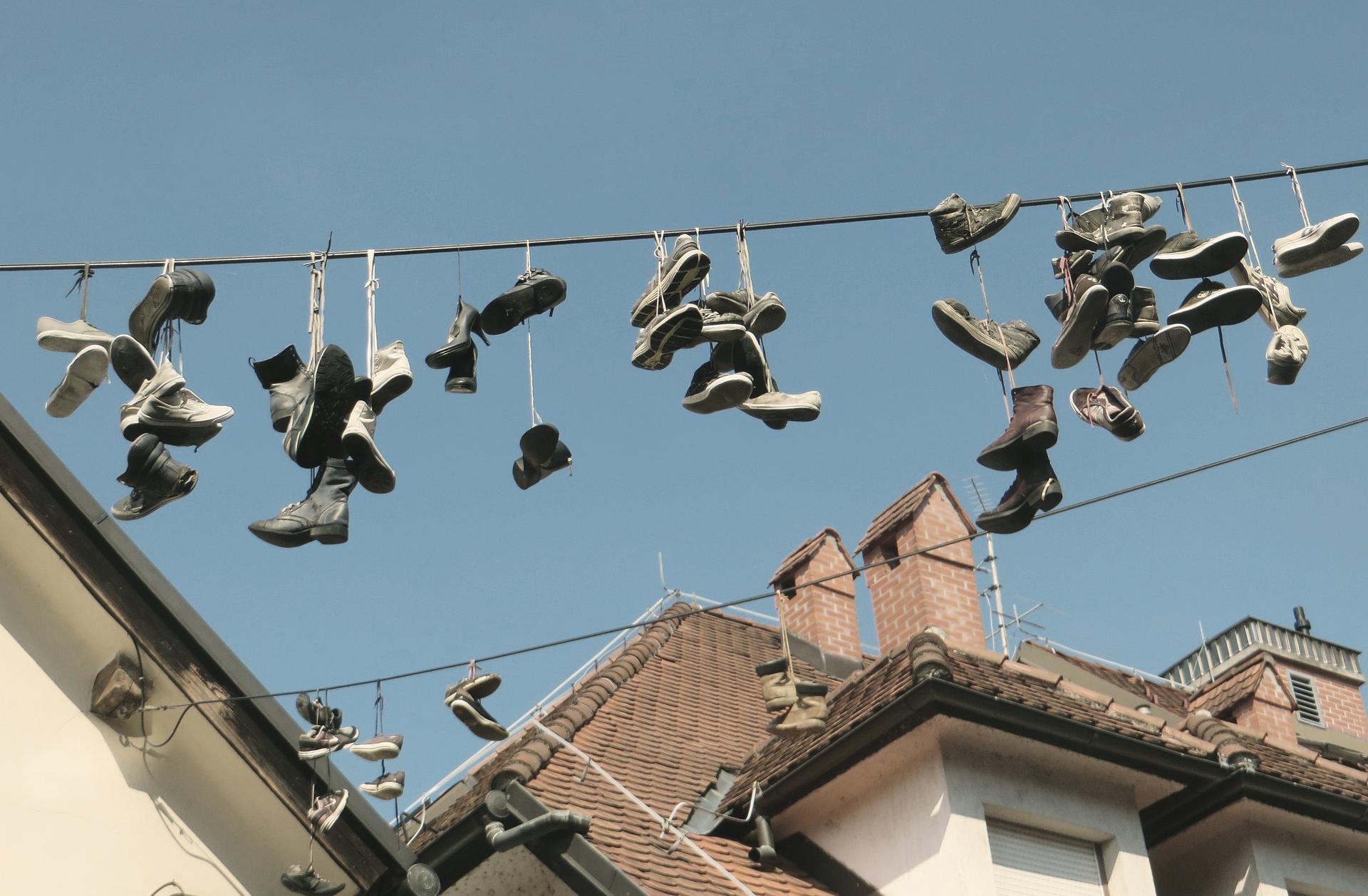 Ljubljana an einem Tag: Eine Hochburg des Shoefiti-Trends.