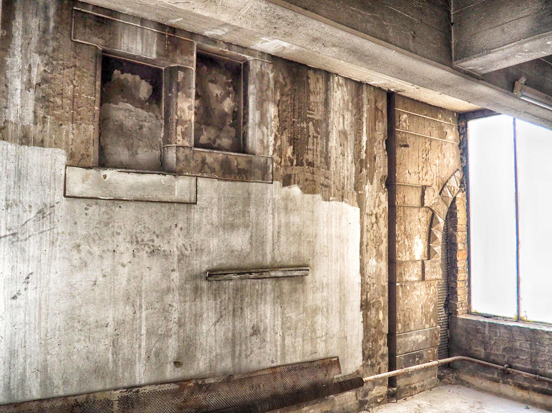 Kantgaragen-Palast: Integrierte Fassade der zerbombten Serlin-Villa