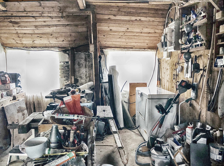 Skåne in Schweden: Werkstatt im alten Haus