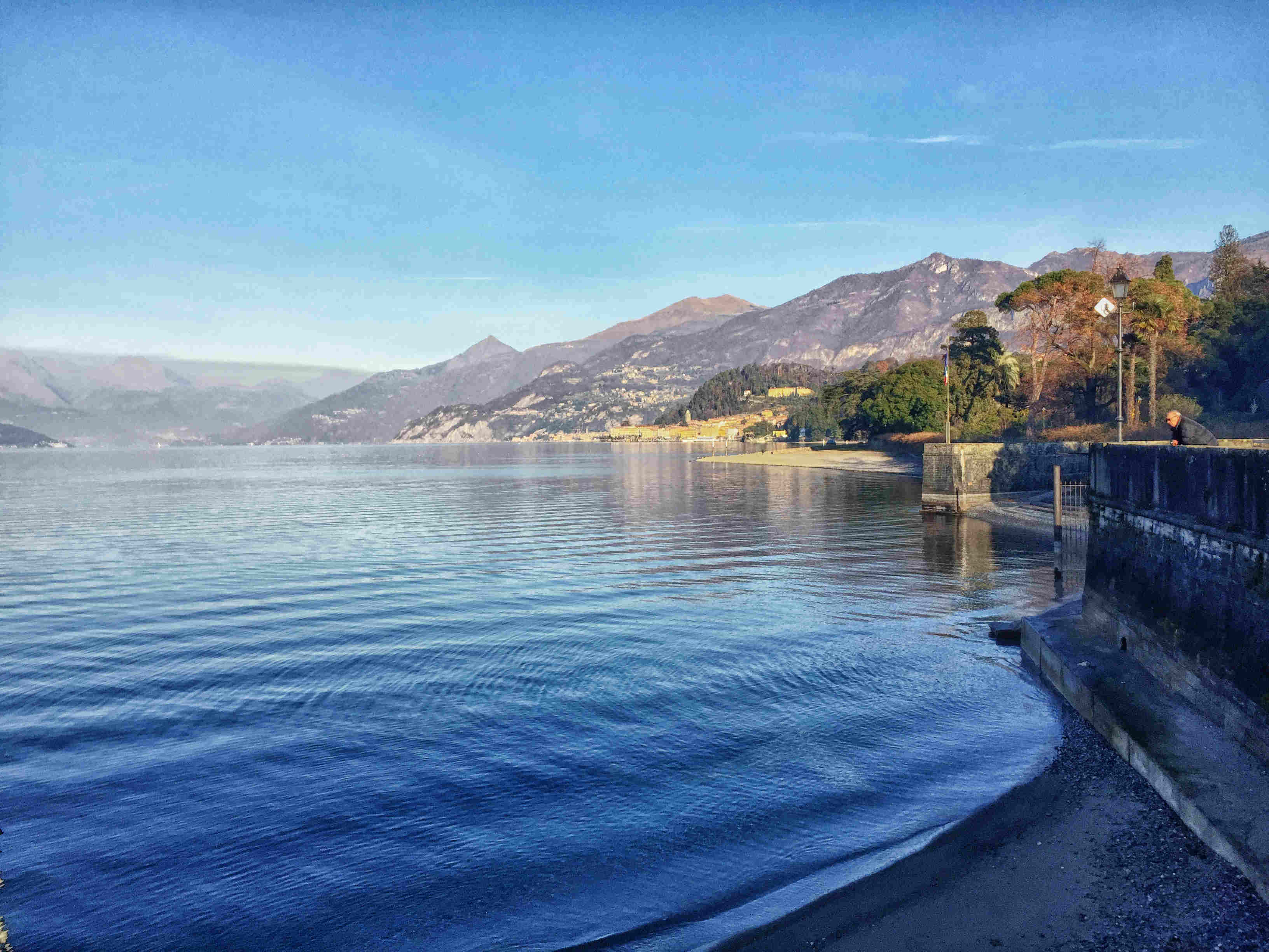 Comer See im Winter: Der Hafen von Menaggio