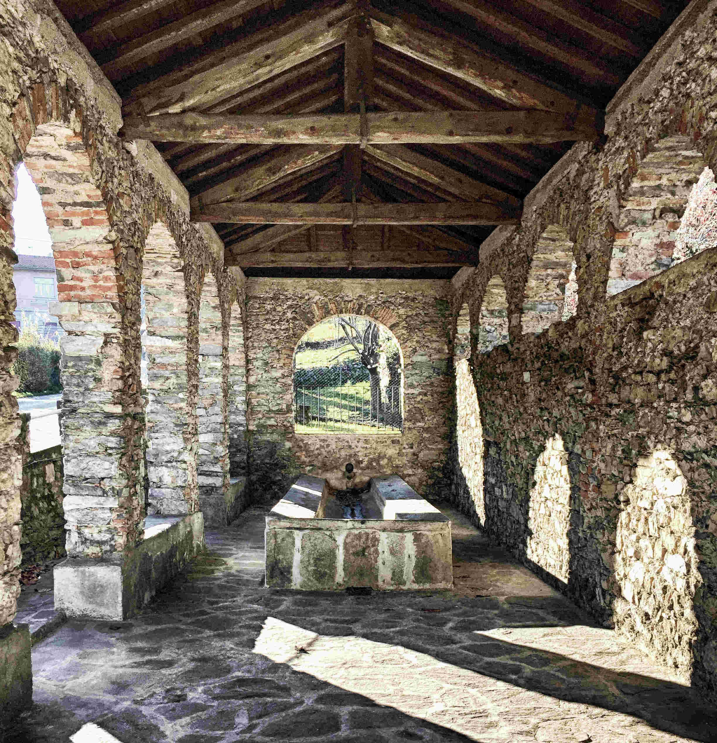 Der Comer See im Winter: Ein Waschplatz aus dem 16. Jahrhundert