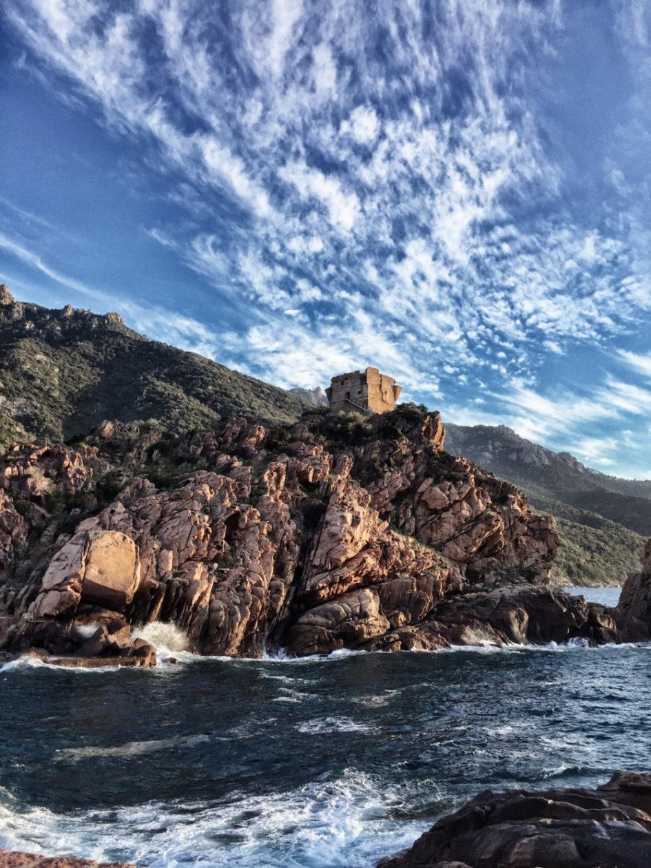 Korsika Erfahrungen: Der Genueserturm von Porto
