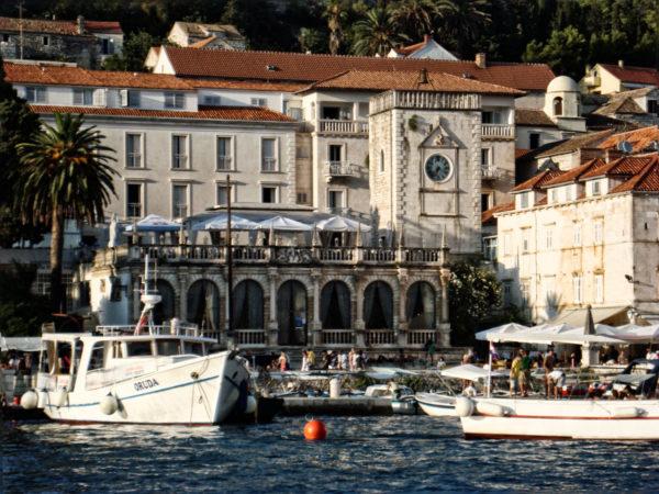 Kroatien Inseln Tipps: Der Hafen von Hvar