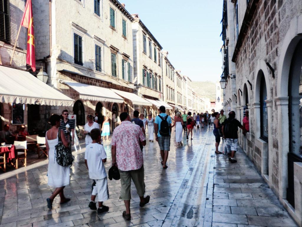 Dubrovnik - Tagestouristen in Kroatien