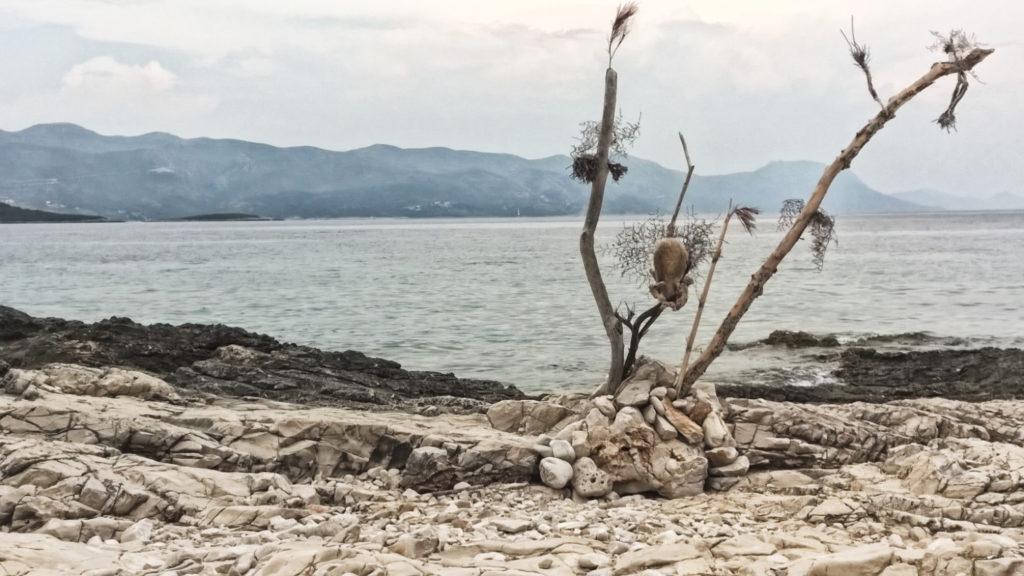 Kroatien Inseln - einsamer Strand in Badija