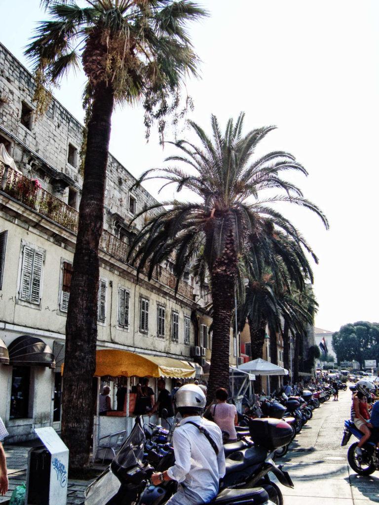 Kroatien Tipps - Hafenpromenade von Split