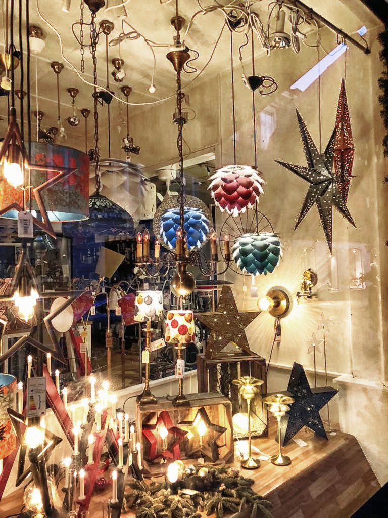 Weihnachtliche Dekoration in Schweden