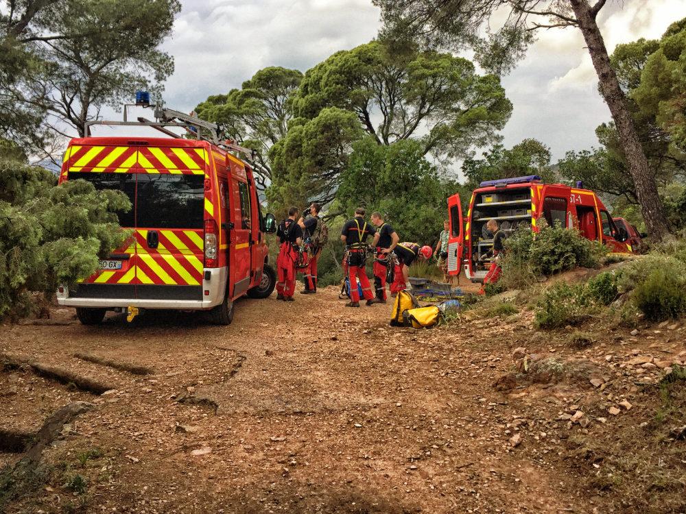 Estrel-Gebirge: Bergrettung auf französisch: Klettertraining der Feuerwehr